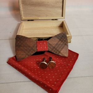 Wooden Bowtie with hanky and cufflinks Unisex